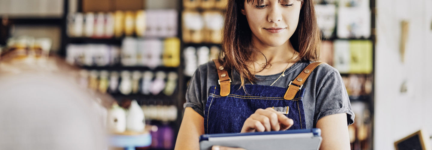 To gain an edge in 2019, retailers need to marry customer service to the right technology