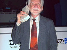 4 Questions Answered by the Father of the Cell Phone, Marty Cooper