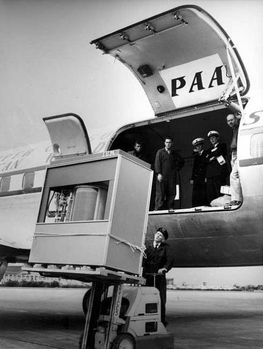 old 5mb hard drive from 1956